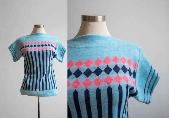 Vintage 1960s Knit Sweater / Vintage Knit Tshirt /