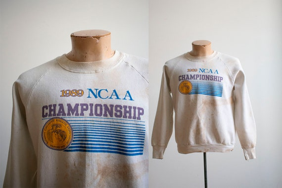 Vintage 1980s NCAA Championship Pullover / Vintage