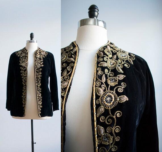 Vintage 1940s Black Velvet Coat / Gold Threaded Co