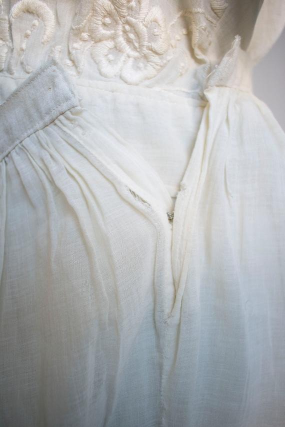 Antique 2pc Outfit / Edwardian Lawn Outfit / Embr… - image 10