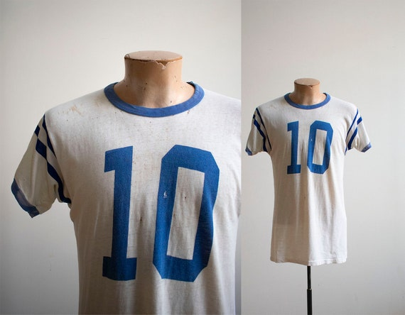 Vintage 1960s Tshirt / Vintage Athletic Tshirt / V