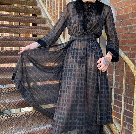 Black Edwardian Gown - image 5