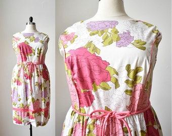 1950s Cocktail Dress / Floral Cocktail Dress / Pink Floral Dress / 1950s Plus Sized Dress  / 1950s Dress XL / XL Cocktail Dress / 40 Waist
