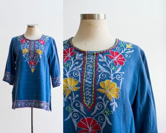 Vintage 1960s Gauzy Hippie Shirt / Vintage Boho To