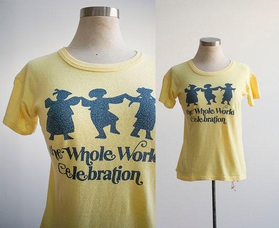 Vintage 1970s Tshirt / 1970s Tee / Vintage Whole W