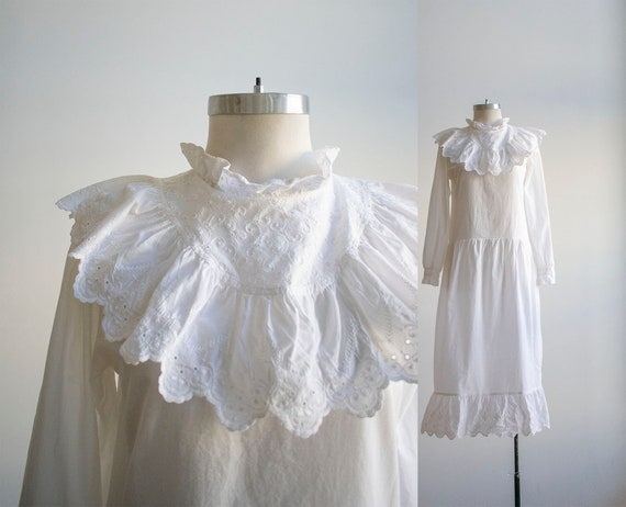 Vintage White Dress / Vintage Victorian Inspired D