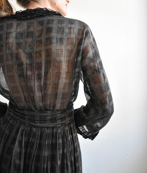 Black Edwardian Gown - image 10
