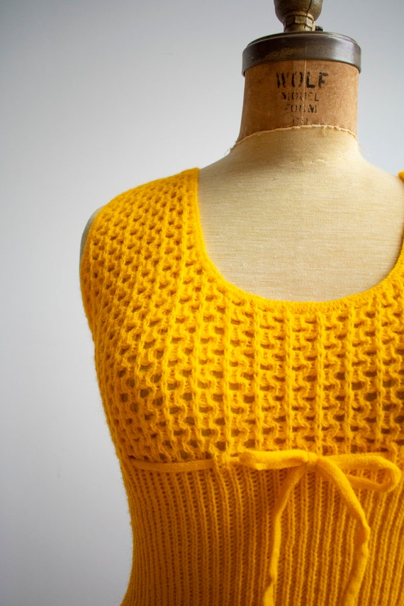 1970s Crochet Blouse / Mustard Yellow Sweater / V… - image 3