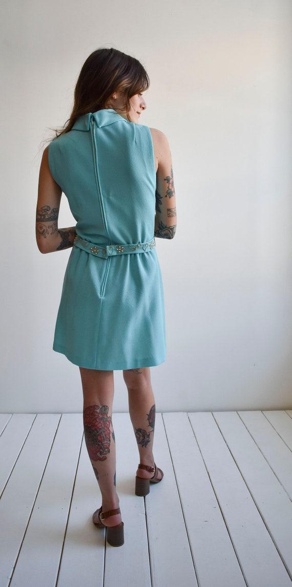 1970s Pale Blue Mini Dress - image 9