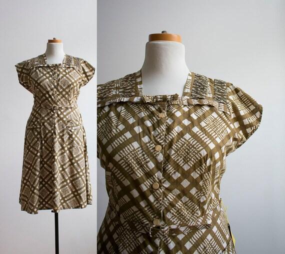 Vintage 1950s Shirt Dress / 1950s Green Plaid Dres
