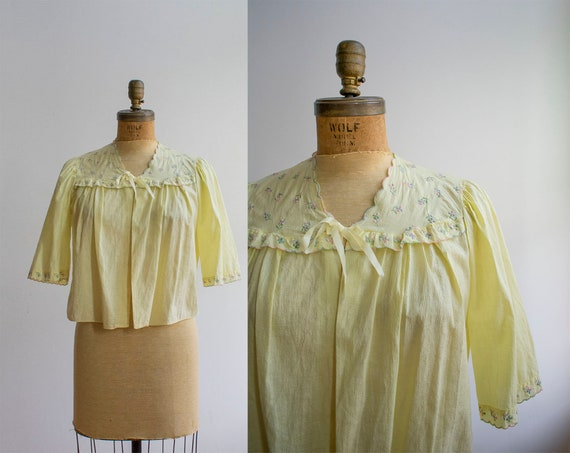 Vintage 1950s Bed Jacket / Gauzy Cotton Bed Jacket