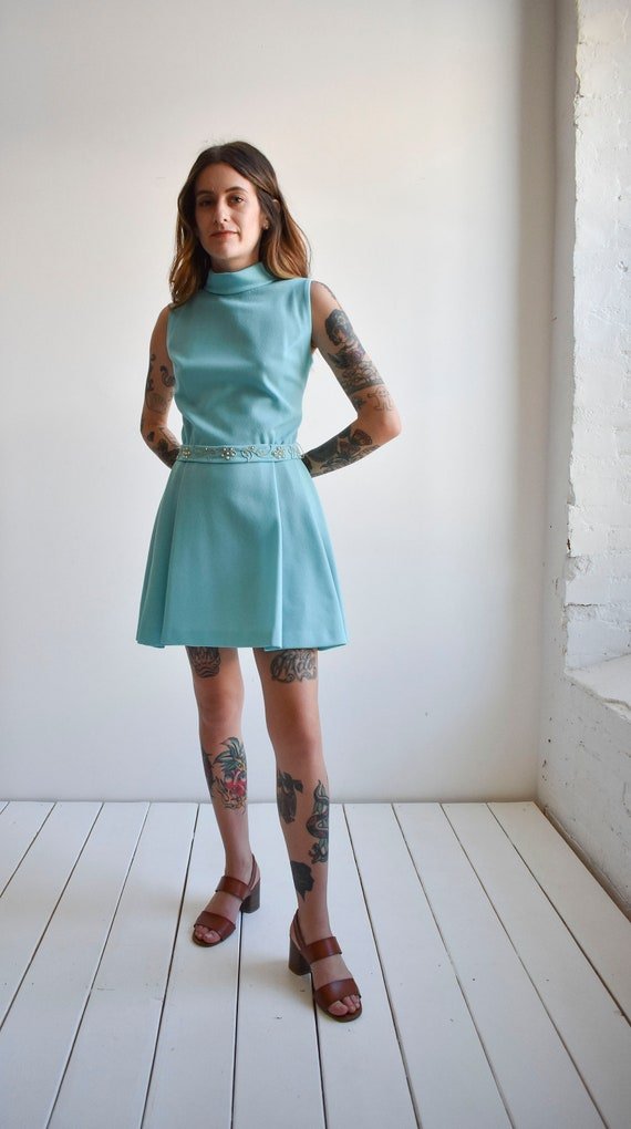 1970s Pale Blue Mini Dress - image 8