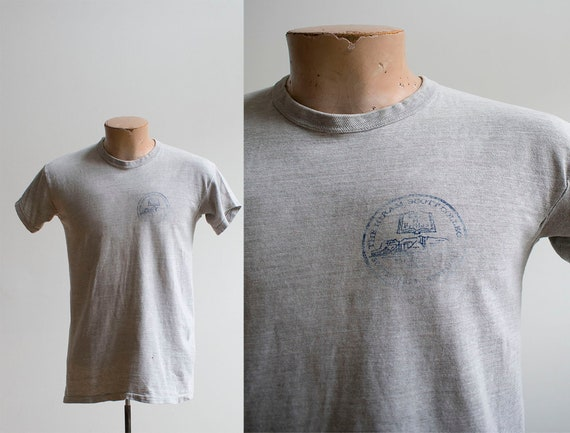 Vintage 1960s College Tshirt / Vintage College Shi