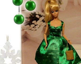 Green Shimmer Dress / snaps and Purse. St. Patrick's Day Clothes. Silkstone Barbie & Jewelry not included. Handmade in the USA. Doll Clothes