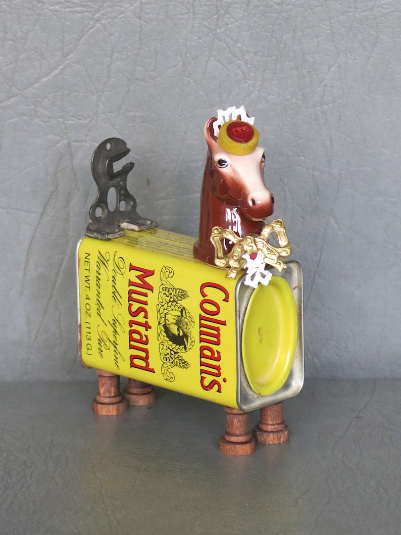 Assemblage pony.  One of a kind Mustard.  Pony image 0