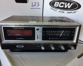 Zenith Clock Radio - Circle of Sound H472W - radio does not work, clock is working - sold for parts - sold as-is, no guarantee