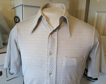 37a03d9b618 Vintage Shirt - white with brown dots pattern - short sleeves - Size medium  - Arrow Knits brand - very good used condition