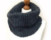 Beginner Snood Knitting P...