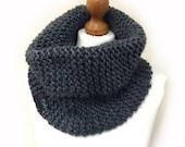 Beginner Snood Knitting Pattern WM2037
