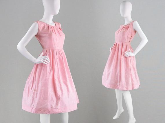 koop goed geweldige kwaliteit geweldige kwaliteit Vintage 50s partij jurk Pastel roze jurk Cocktail Jurk jaren 1950 avondjurk  Taffeta jurk volledige rok Fit & Flare satijn Jacquard Brocade