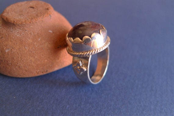 Silver ring with ruby from India - image 1