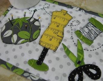 Stitching Stuff Mug Rug Pattern