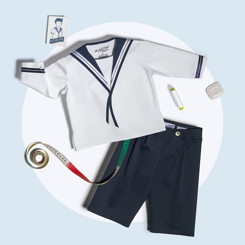 Boys Sailor Suit classic in white and blue cotton image 0