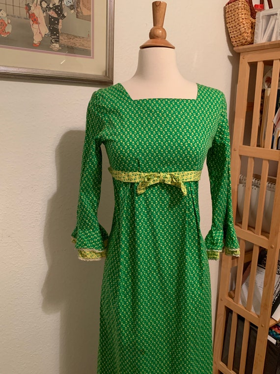 Vtg 70's Green Prairie Dress Size Small/Extra Smal