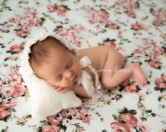 SCOTTI, Photography Backdrop, Newborn Backdrop, Posing Fabric, Fabric Backdrop, Photography Blanket, Newborn Backdrop, Photo Props