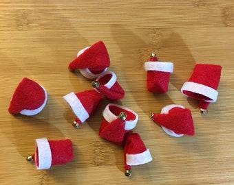 c382e203aab17 Mini felt santa hats
