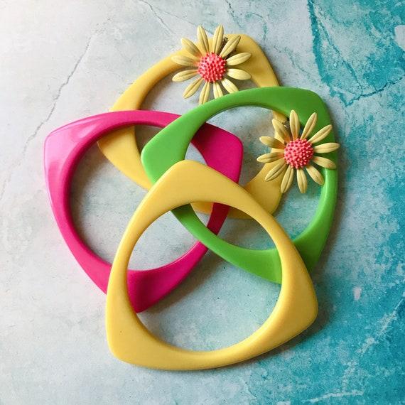 "Kitschy Vintage Set of 4 Plastic ""Fruit Salad"" Bra"