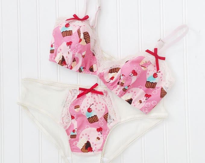 Eyecandy lingerie set triangle Bra and low rise bikini brief panties