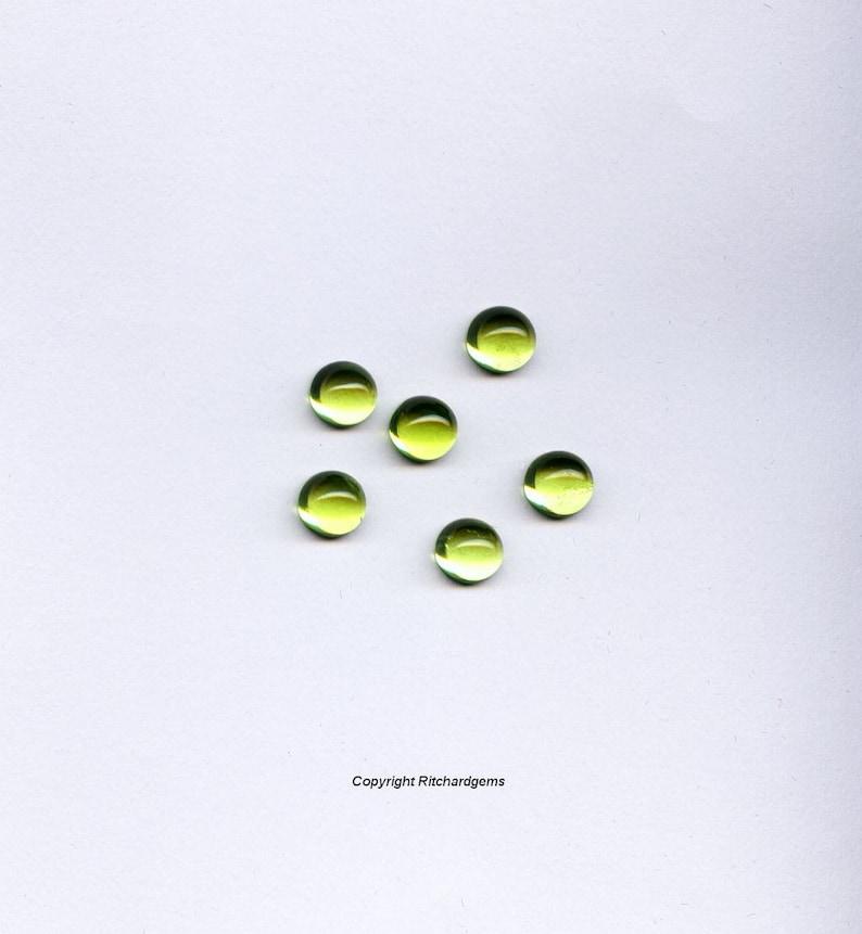 5mm Round Peridot Semi Precious Cabochons For One Gemstone