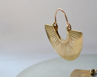 Shine // Fan earrings, semicircle radial hoops