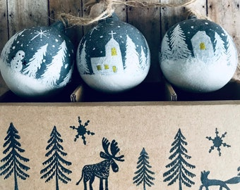 Country Home, Hand Painted Christmas Bauble, Tree Decorations, 3 Pack Ceramic