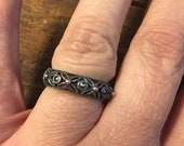 Flower Band Sterling Silver Mill grain Marcasite Ring Size 6.5 Unique
