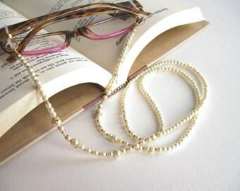 111141519568 Pearl Glasses Lanyard