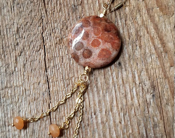 Coral fossil necklace with red aventurine on brass bar link chain