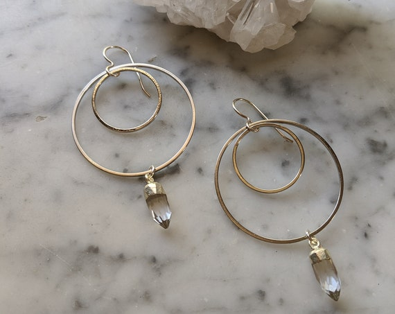Silver concentric circle earrings with quartz crystal points - ESQ003