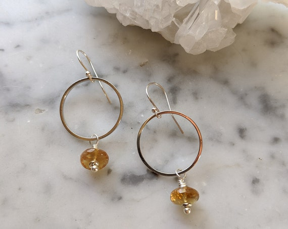 Silver circle earrings with hessonite garnet - ESG003