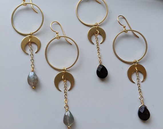 Crescent moon archer earrings - brass circles with choice of stone - labradorite or black onyx EBL009