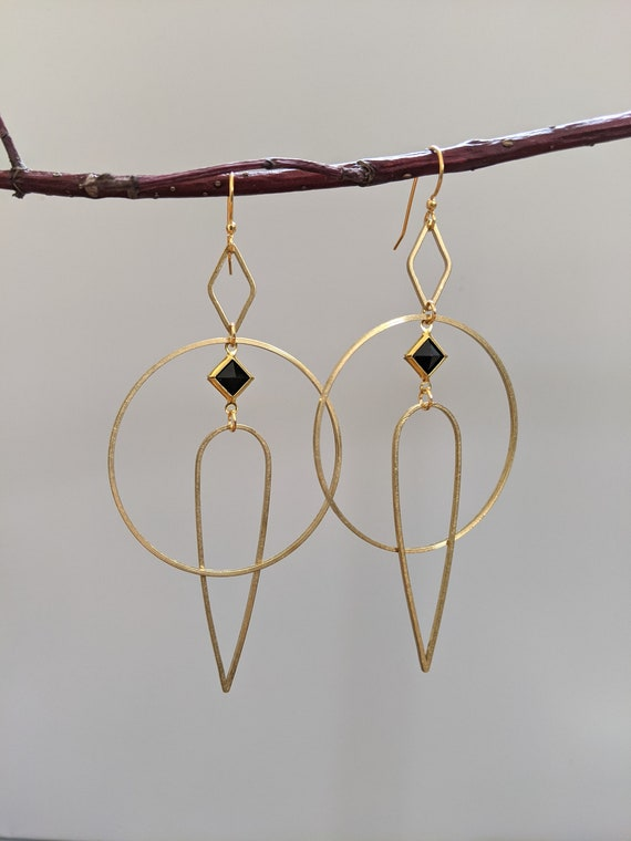 Geometric earrings - brass framed black lucite diamond