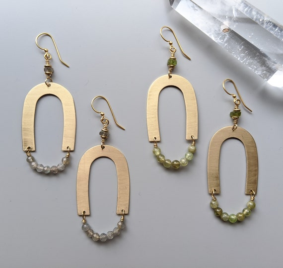 Brass arch geometric dangle earrings with labradorite or green garnet - EBL009