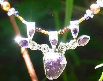 raw amethyst necklace, silver amethyst druzy necklace, amethyst druzy pendant, modern nouveau jewelry,