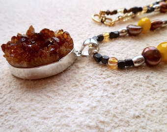 raw citrine pendant necklace, citrine beaded necklace, raw citrine jewelry, modern, avant garde, hip and chic