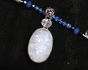 white sugar druzy choker necklace, beaded sugar druzy jewelry, quartz druzy jewelry, modern deco jewelry, nouveau necklace