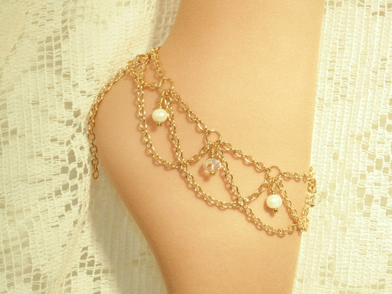 4 Real Akoya Pearls  /& 3 Crystals Is Light To Wear And Very Elegant Barefoot Sandals Anklet Gold Plated Double Chain Beach Wedding.