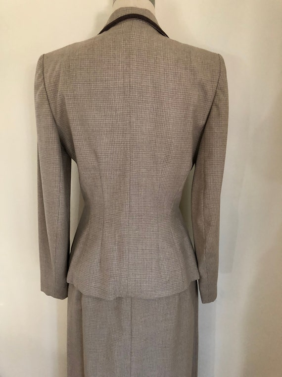 40's Womans Suit Tapered Jacket 2 pc Jacket and S… - image 5