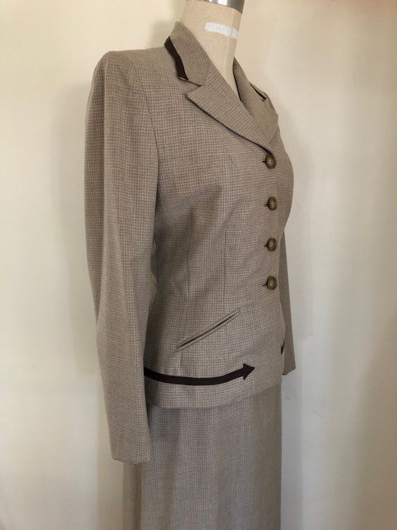 40's Womans Suit Tapered Jacket 2 pc Jacket and S… - image 3