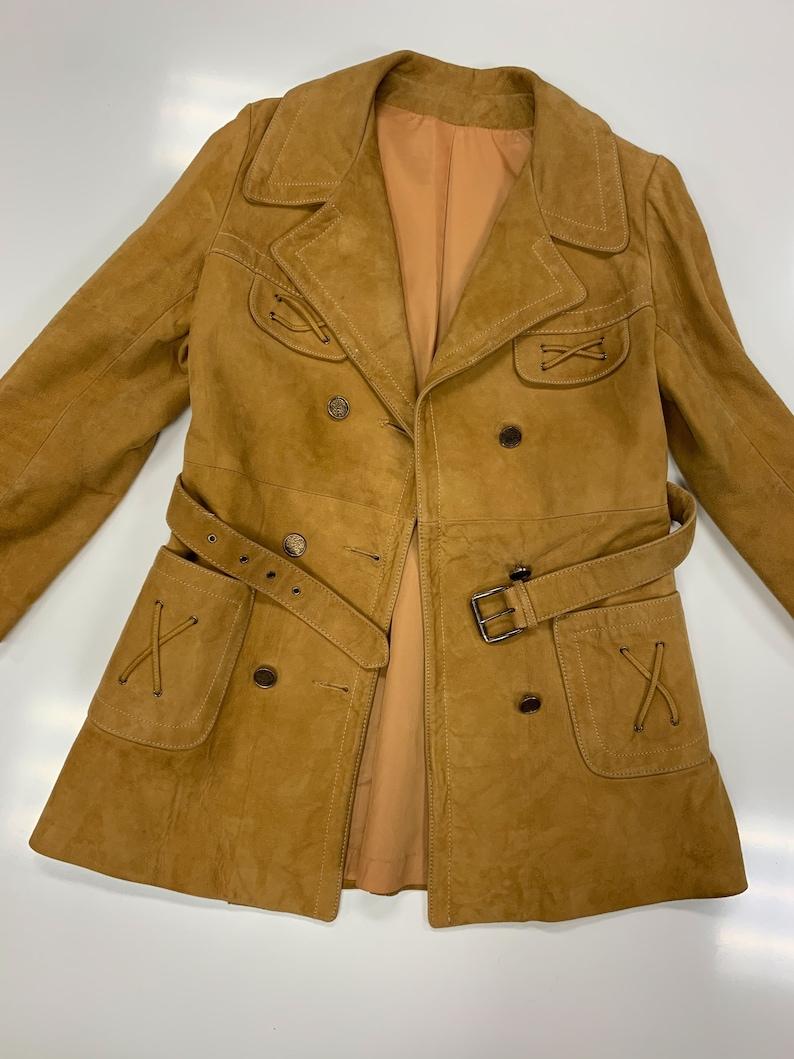 Suede jacket with belt